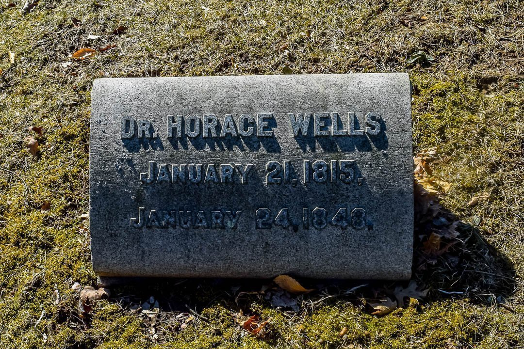 Horace Wells' headstone in Cedar Hill Cemetery, Hartford CT
